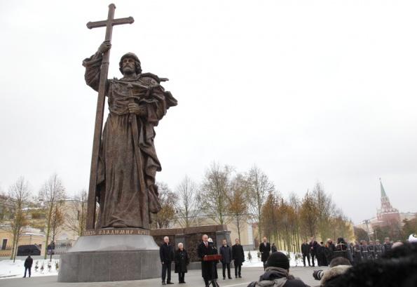 Памятники новосибирск цены характеристики памятника из крошки цена защита
